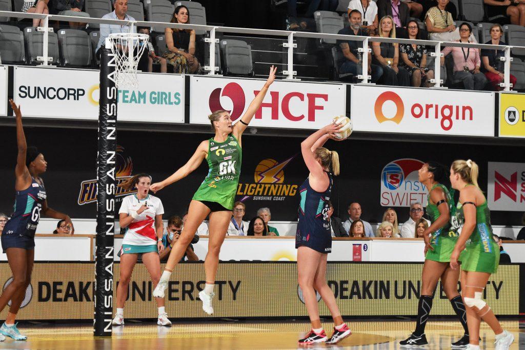 Courtney Bruce, Caitlin Thwaites, Suncorp Super Netball Grand Final, West Coast Fever, Melbourne Vixens